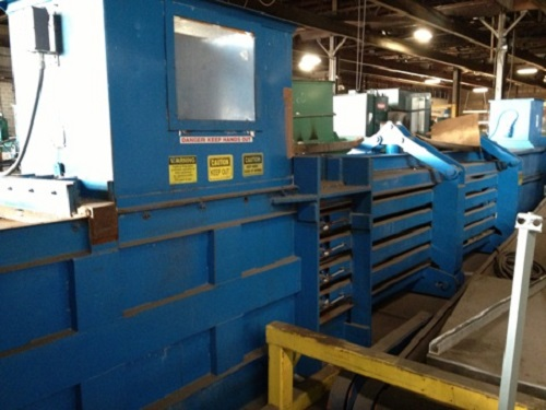 5568 1 C and M 5030E48 Open End Baler