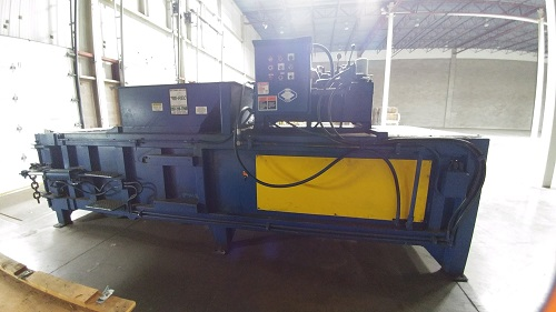 8747C 2 Cram a Lot PU HE 60 Closed End Horizontal Baler