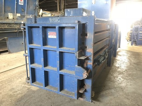 9198C 4 Cram a Lot 72HORIZ Closed End Manual Tie Horizontal Baler