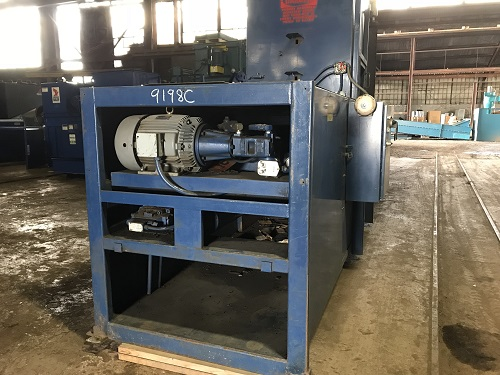 9198C 7 Cram a Lot 72HORIZ Closed End Manual Tie Horizontal Baler